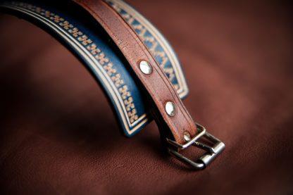 bracelet cuir bleu aux motifs norvégien
