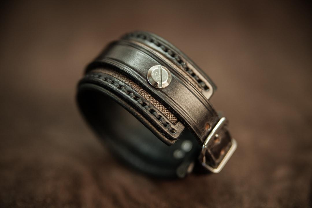 Modele bracelet cuir homme