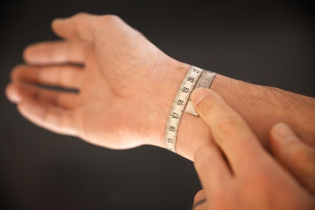 répliques bon out x gamme complète de spécifications Mesure poignet bracelet homme - Bandit France