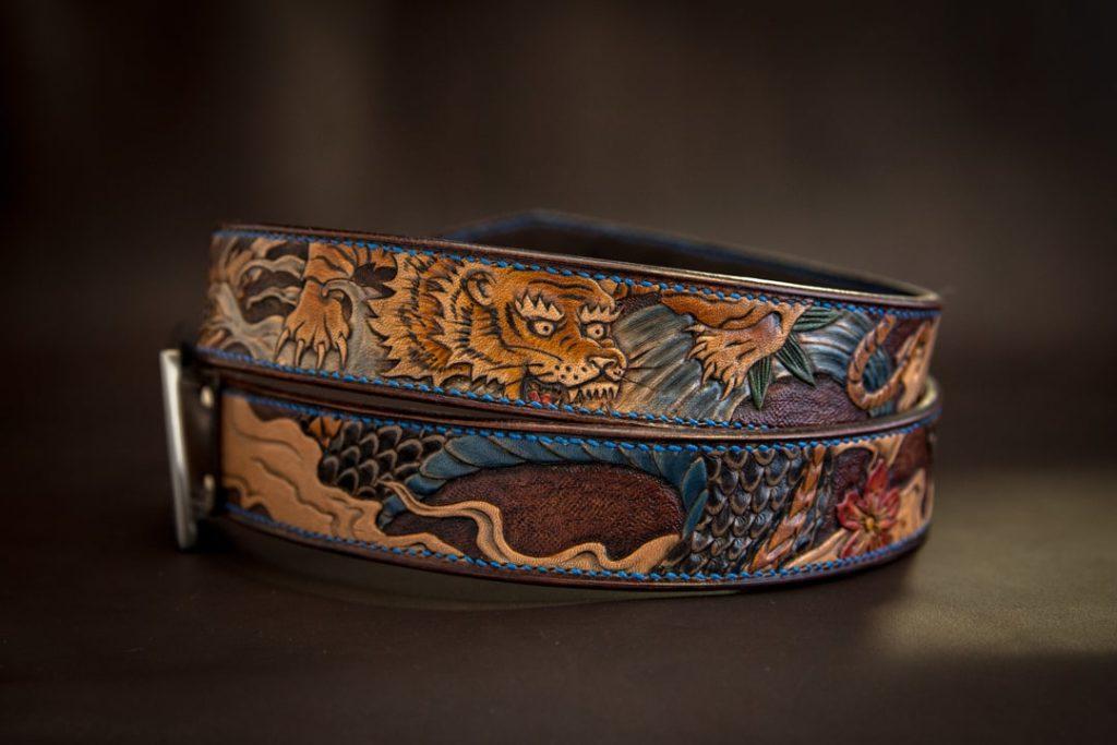 ceinture gravée motifs tigre japonais